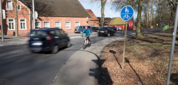 K116 Melchiorshausen: Radstreifen löst sich in Luft auf