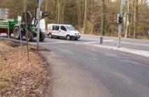 K116 / B6: Radfahrer stehen im Nirwana: keine Sicherung, kein gar nichts.