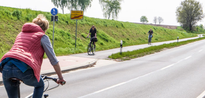 Urteil: Kreis muss Radweg-Querungsstellen nachbessern