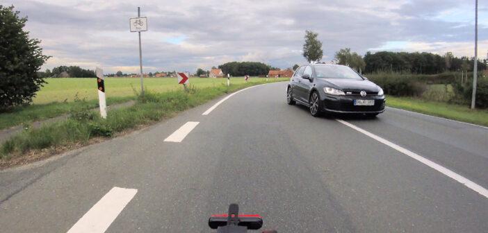L 202 Schwaförden: Radweg kaputt, Fahrbahnbenutzung künftig erlaubt